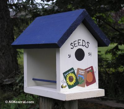 Build Wooden Bird Feeder Plans